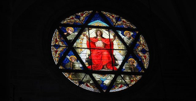 christ-window-699872_640